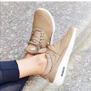 the best attitude 4d5a8 37f4e NOT FOR SALE! Air max Thea desert
